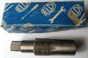 ELDI BOTTOM BRACKET TAP WRENCH THREADS 1 3/8 - 24Gg LEFT - Taraud pédalier